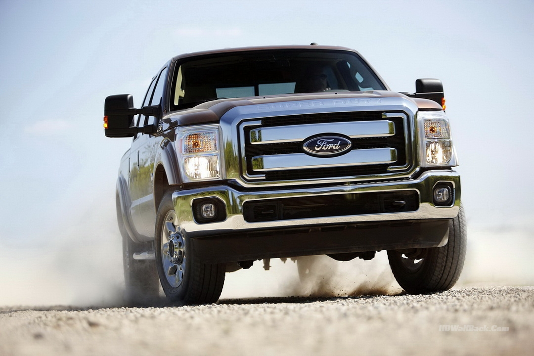 Ford Super Duty Platinum red color HD pictures
