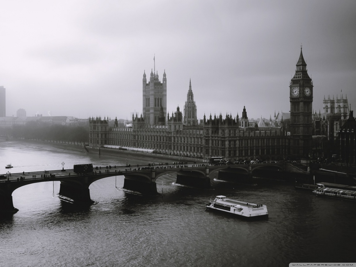 london black and white wallpaper