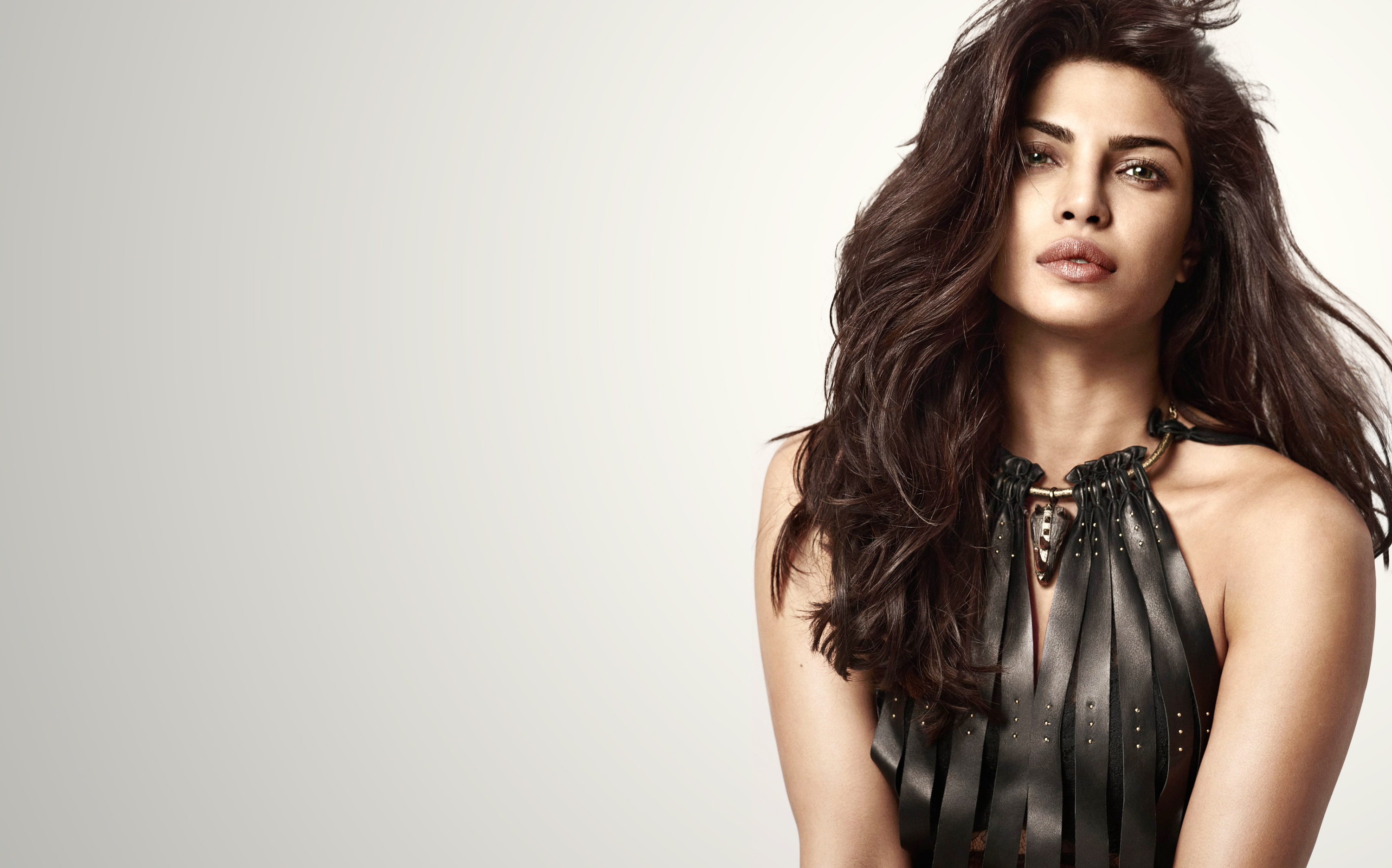 Priyanka Chopra Wallpaper 4k