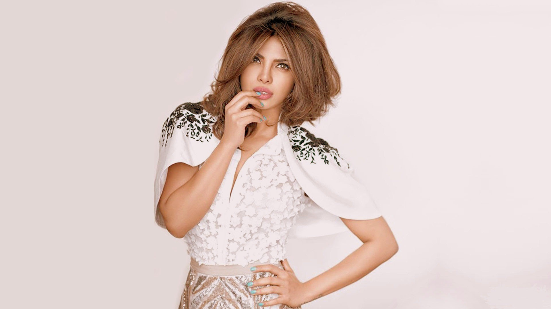 Priyanka Chopra Wallpaper HD