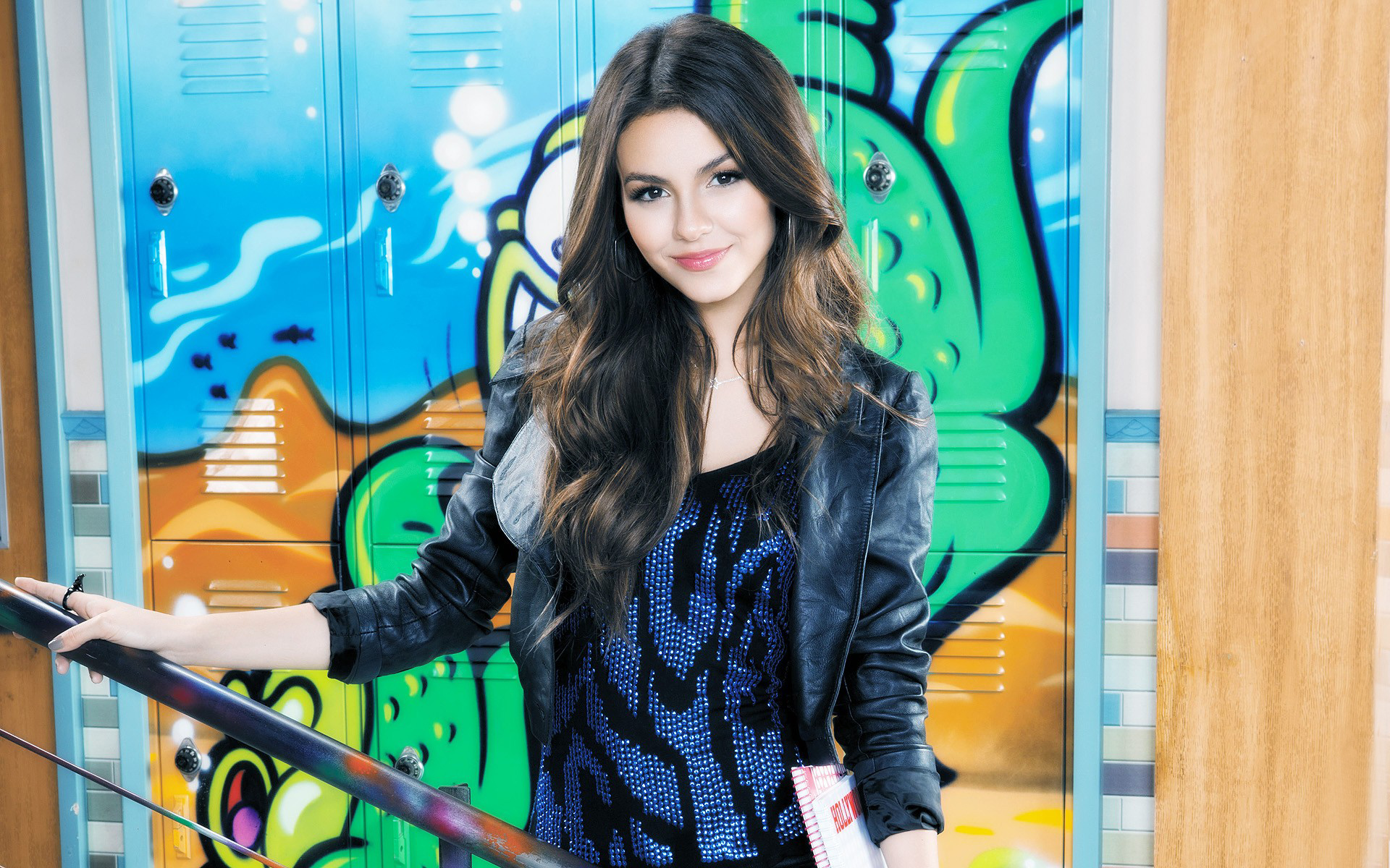 Victoria Justice hd images