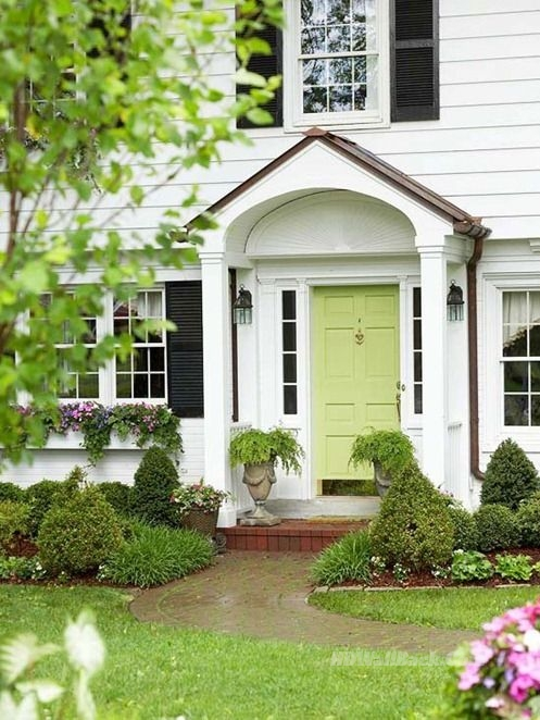 Picking Front Door Paint :: The Lazy Girl's Way
