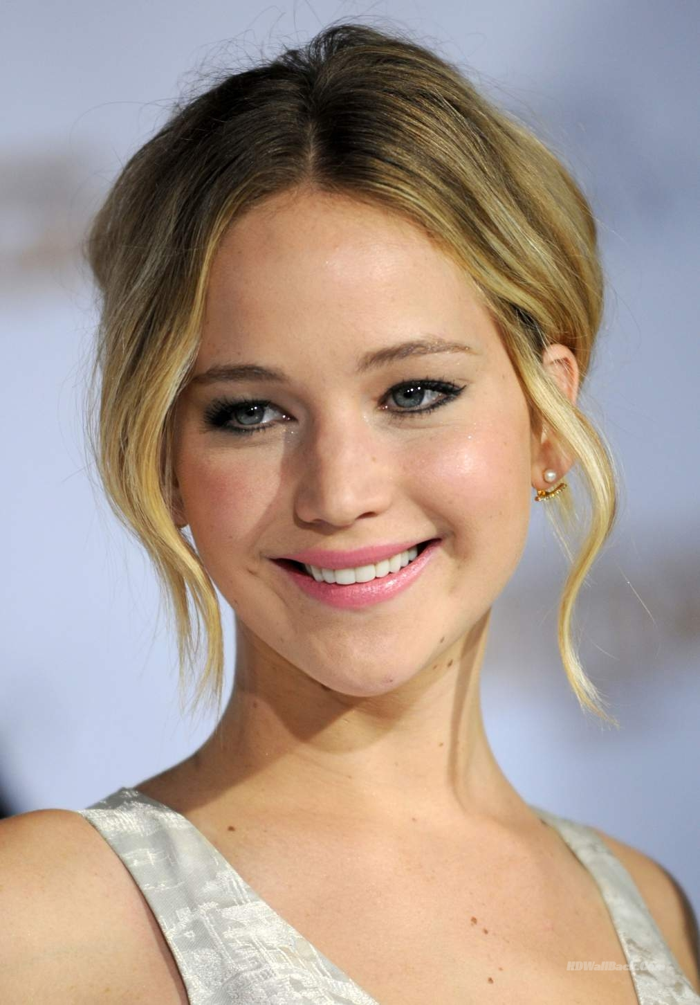 Premiere Of Lionsgate S The Hunger Games Mockingjay Part 1 Arrivals Hd Wallpapers Hd Backgrounds Tumblr Backgrounds Images Pictures