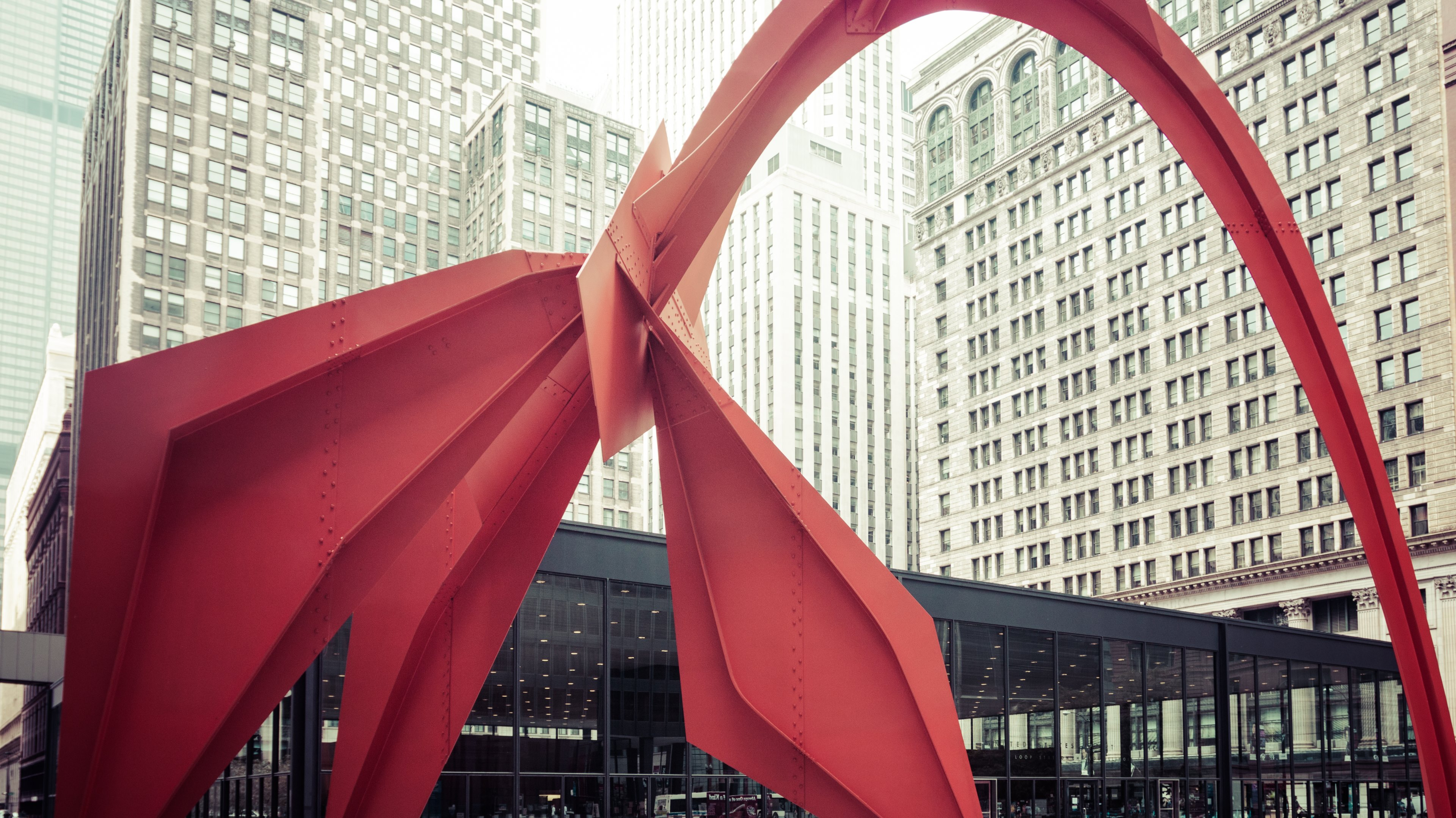 Flamingo Sculpture Chicago uhd