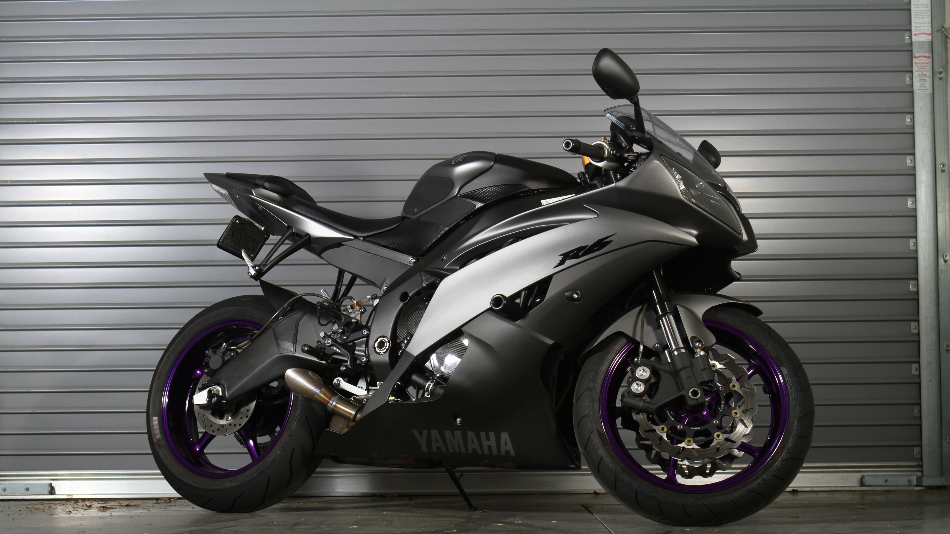 Yamaha R6 Motorcycle Ultra HD